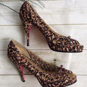 Betsey Johnson sexy heels from NIRDSTROM   💋